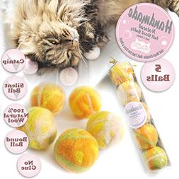 Ballmie Felt Wool Cat Toys Ball with catnip and bell, Natura