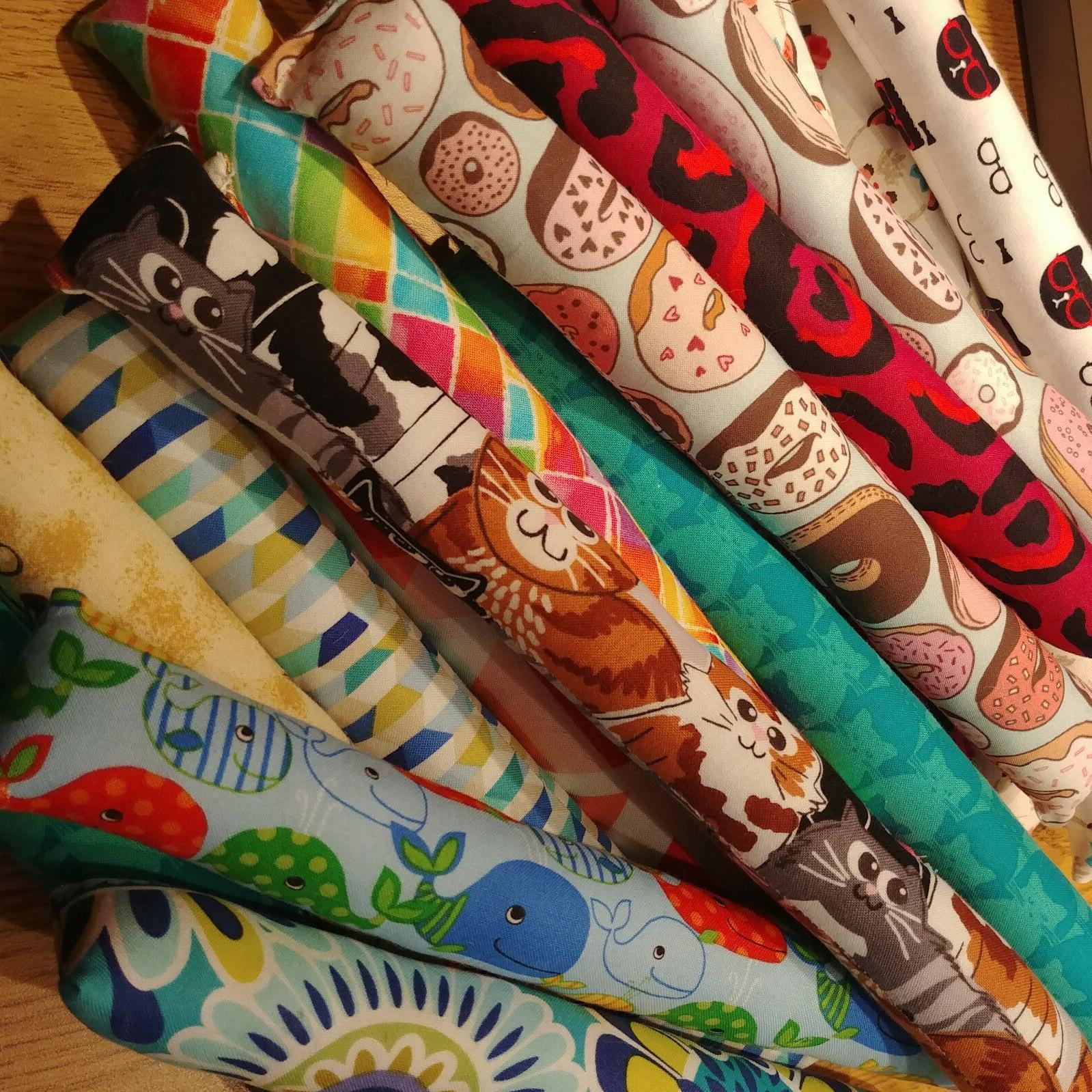 "Set of 11"" Sticks Cat Prints"