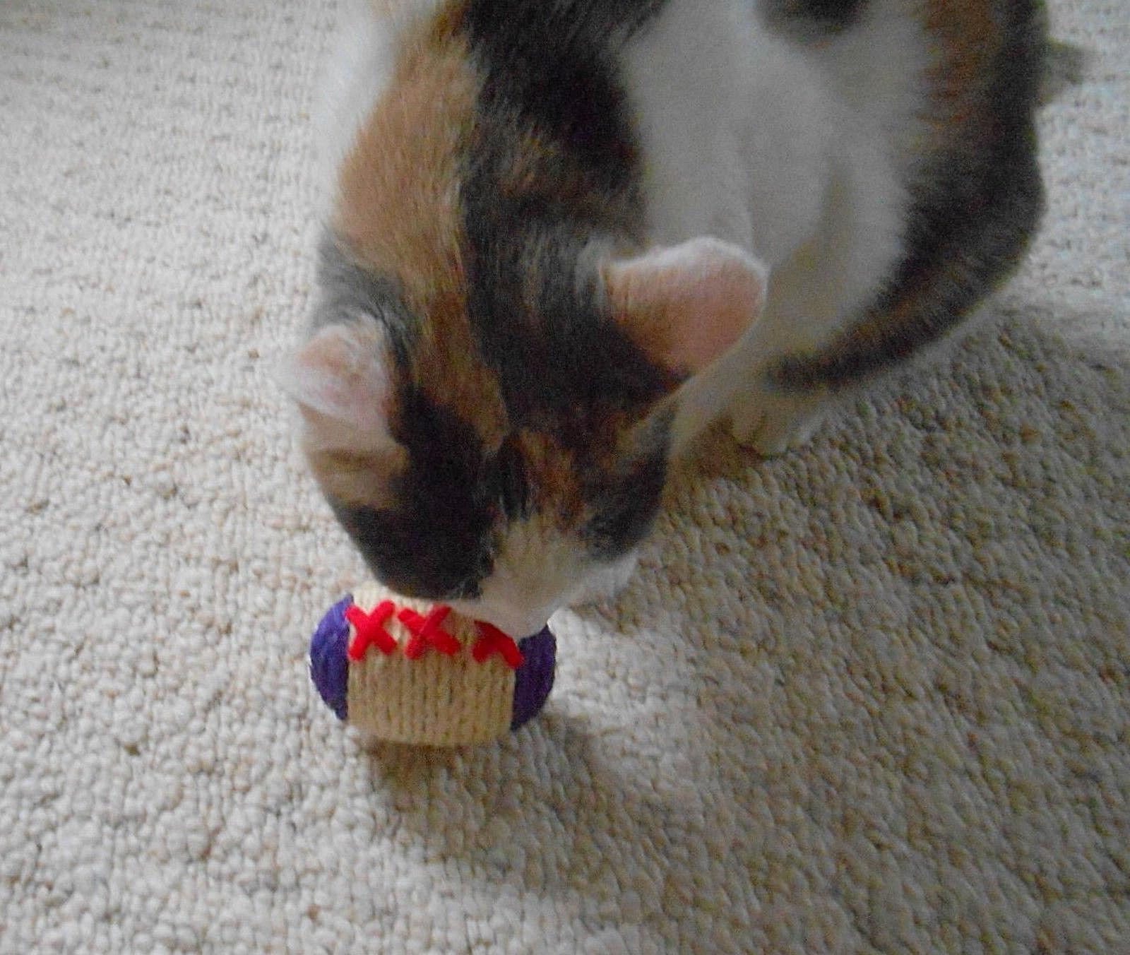 USA CAT - SISAL BALLS RATTLES - CAT & ANIMAL